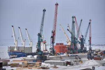 В Дудинском морском порту готовятся к началу паводка