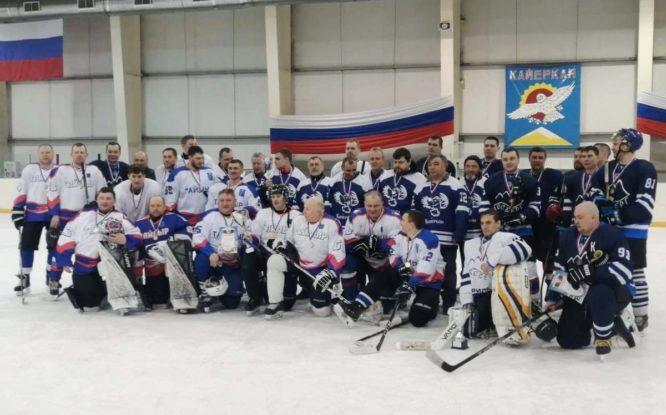 В Норильске закрыли хоккейный сезон мини-турниром