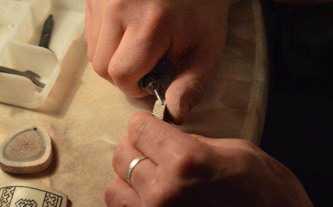 Мастера Таймыра будут создавать шедевры новыми инструментами