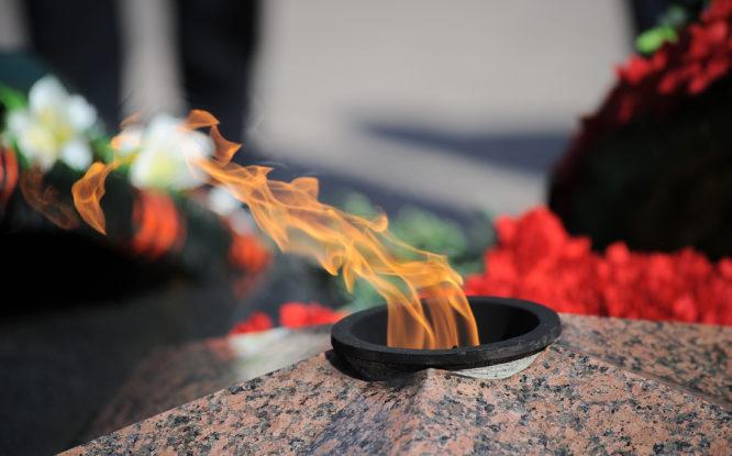 В День памяти и скорби норильчане возложат цветы к Вечному огню