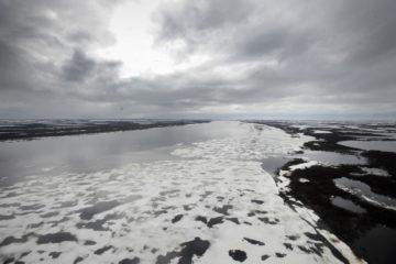 На севере Таймыра закрыли последнюю ледовую переправу