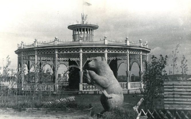 В истории городской скульптуры Норильска было особенно много медведей