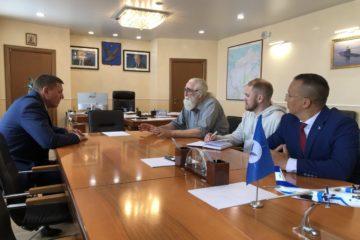 В Дудинке побывал профессиональный путешественник-полярник Владимир Чуков