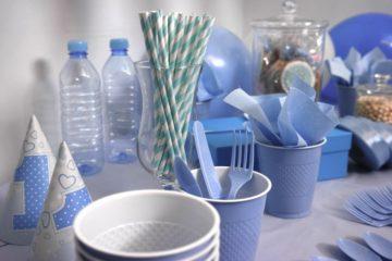 В России хотят запретить одноразовую пластиковую посуду