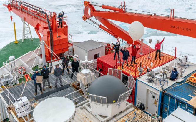 Ученые разработали виртуальный тур по лагерю международной арктической экспедиции