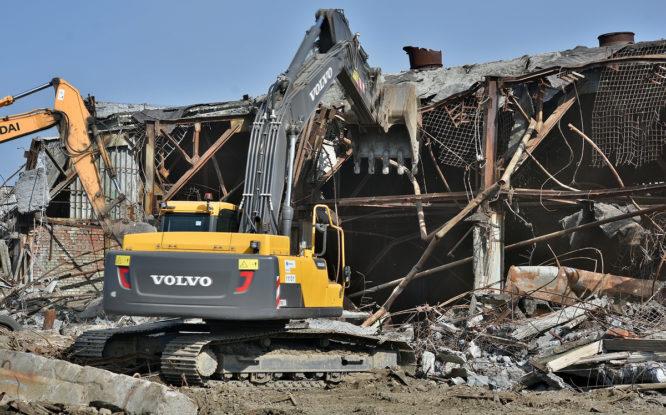 На промышленных территориях Норильска продолжается масштабная уборка