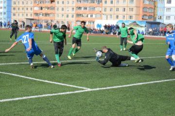 В Норильске провели мини-футбольный турнир ко Дню металлурга