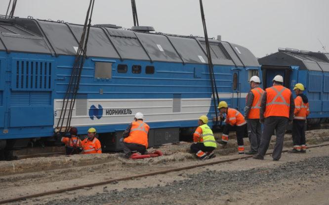 Железнодорожники в Норильске осваивают новые локомотивы