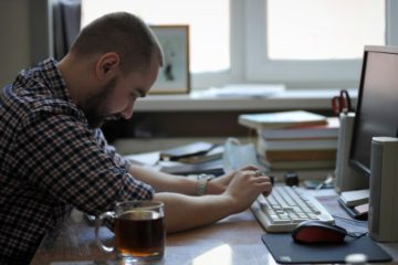 Интернет в России стал основным источником информации