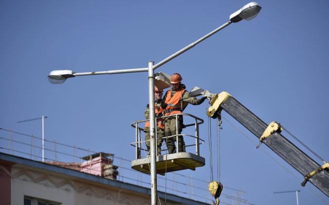 На всех улицах в Центральном районе поменяют светильники
