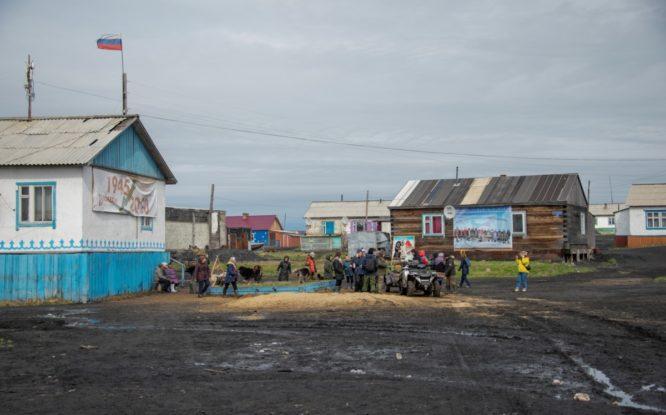 Выездные МФЦ помогли 250 жителям отдаленных поселков Таймыра