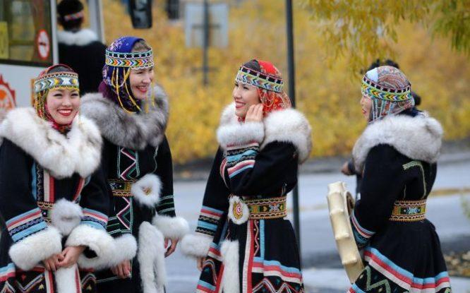Народный ансамбль Дудинки представят свое творчество в Санкт-Петербурге
