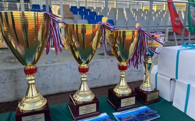 В Норильске завершился 40-й Кубок «Заполярной правды» по большому футболу