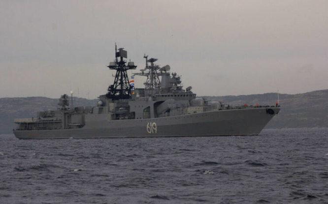 Северный флот провел учения в море Лаптевых