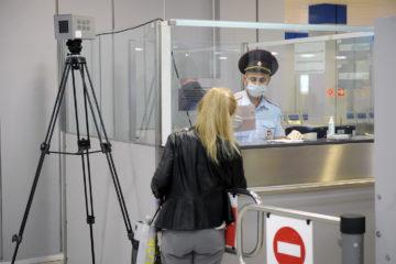 Куда могут поехать привитые «Спутником V» россияне?