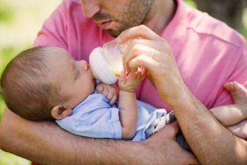 Мужчины стали чаще уходить в отпуск по уходу за ребенком вместо жен