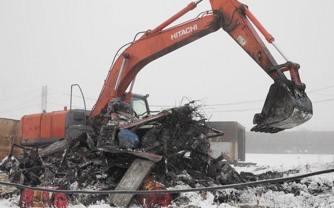 Из Кайеркана вывезли 240 кубометров промышленного мусора