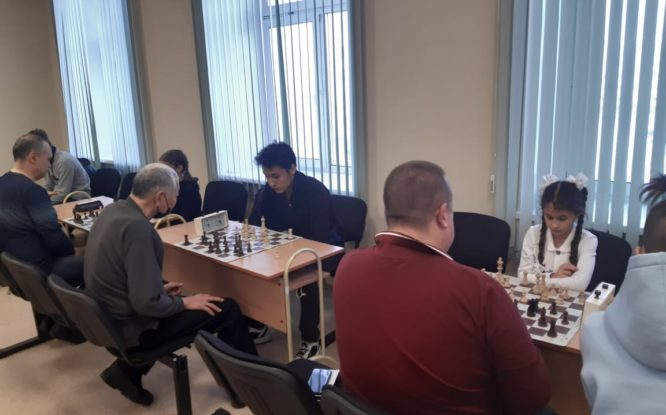 В Норильске провели гандикап-соревнования по шахматам