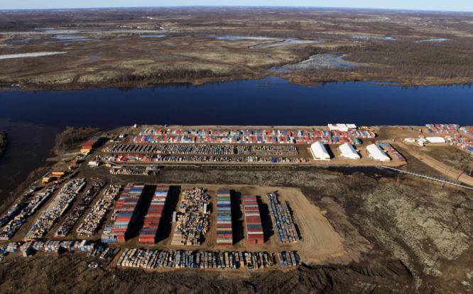 «Роснефть» начала строить на Таймыре причалы для «Восток Ойл»
